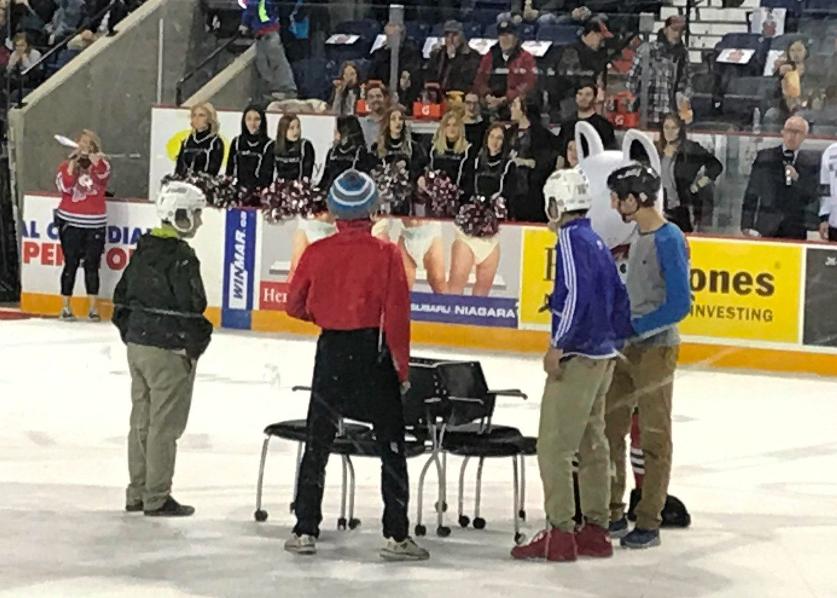 2017_MM_OHL_Day_Niagara_Ice_Dogs_Musical_Chairs.jpg